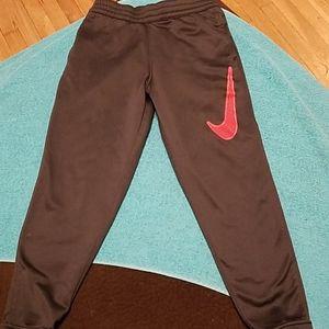 Boys Nike dri fit active sweats